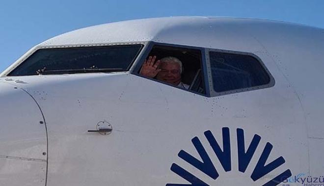 Kaptan pilot Hasan Tatar emekli oldu
