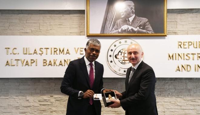Karaismailoğlu: Türkiye, Angola ile iş birliğine hazır