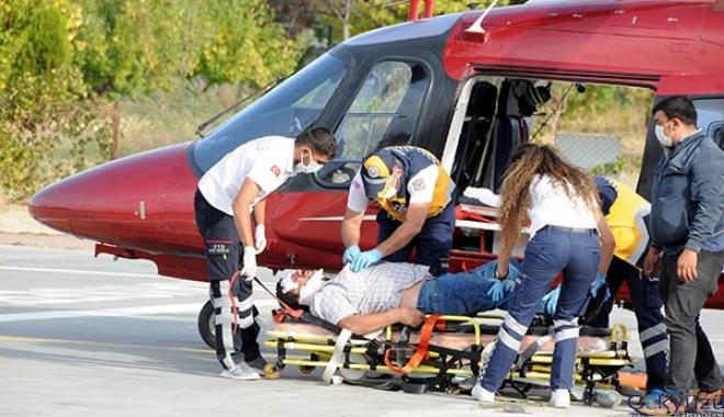 Kazada yaralanan sürücü, helikopterle sevk edildi