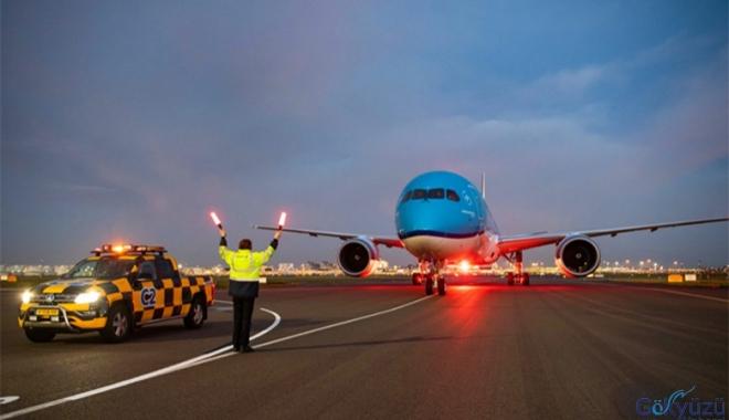 KLM, Filosuna