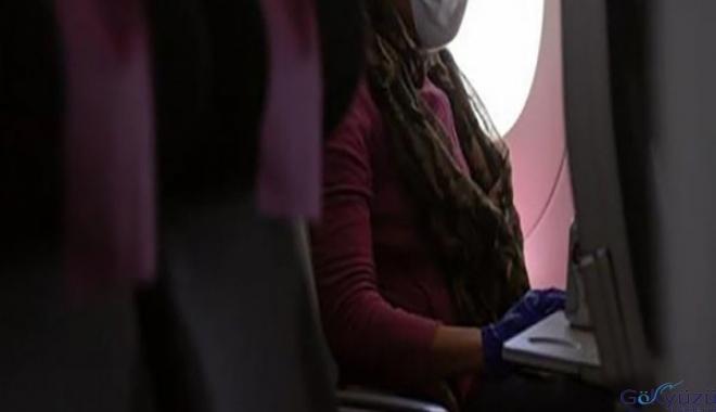 Koronavirüs hastası kadın uçağa bindi!