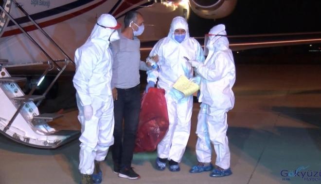 Koronavirüse yakalanan 3 Türk İstanbul'a getirildi