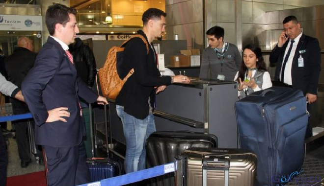 Maicon İstanbul'dan ayrıldı