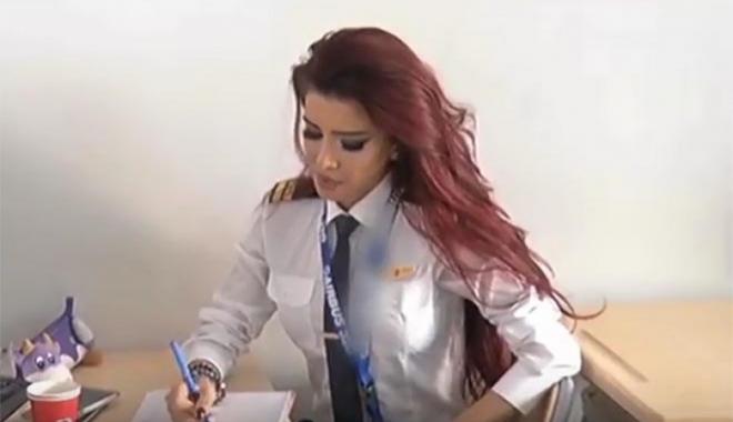 Manken Şerafettinova pilot oldu!