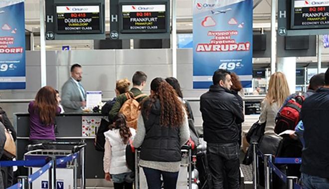 Onur Air çalışanları Türkçe konuşmayı da bilmiyor!