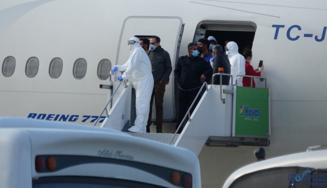 Ordu Giresun Havalimanı'nın Kuveyt'ten 301 işçi geldi