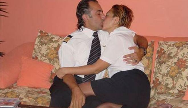 Pilotlar Hostesleri Taciz Ediyor Mu?