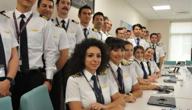 Pilotların apoletlerinde yıldız olmayacak!