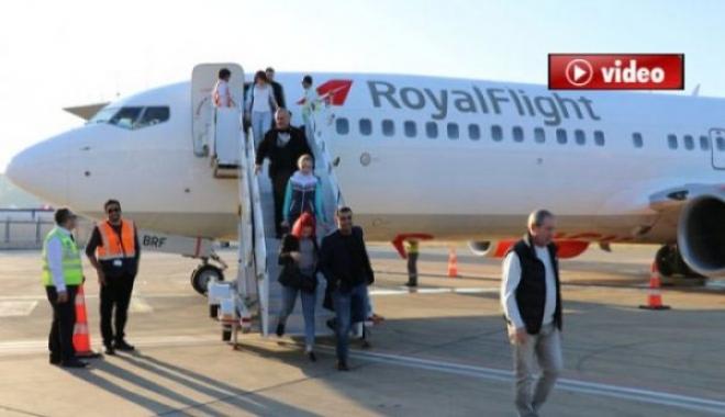 Rusya'dan Gazipaşa İlk Charter Uçağı 189 Yolcuyla İndi