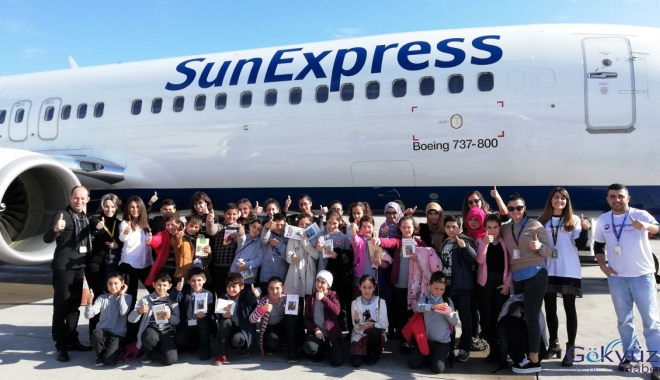 SunExpress'ten Öğrencilere Yeni Yıl Hediyesi