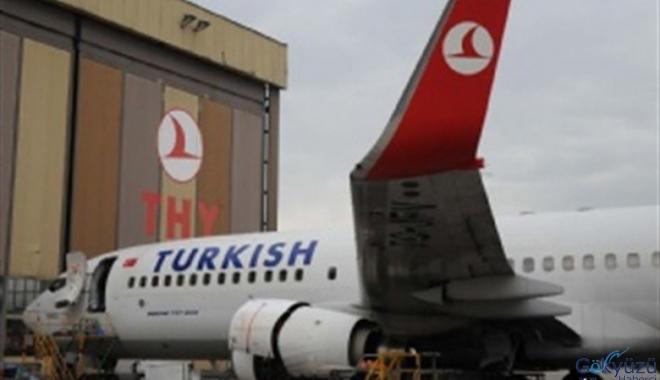 THY, bir 737-800 uçağında çatlak tespit ett!