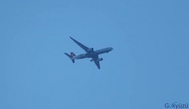 THY uçağımız güvenli şekilde inişini gerçekleştirdi!