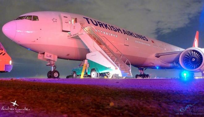 THY uçağı uçan şef rahatsızlanınca geri döndü!