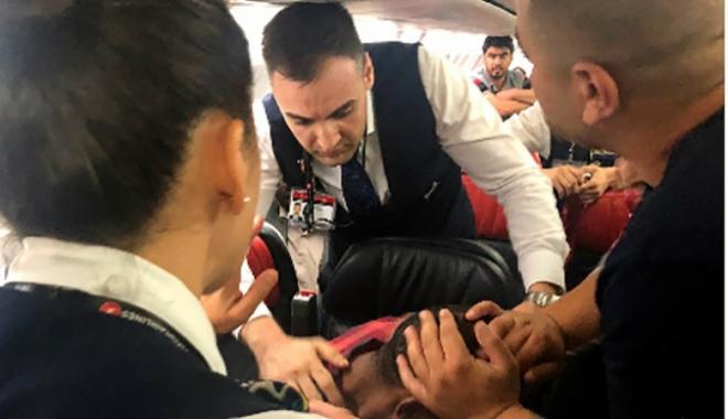 THY uçağında Sudanlı yolcu kokpite saldırdı!