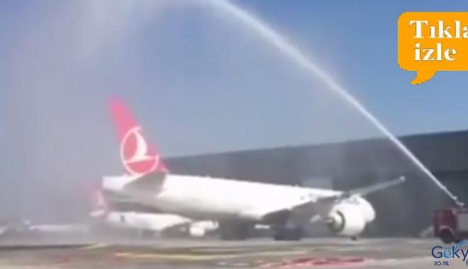 THY'nin yeni kargo  uçağı Atatürk Havalimanı'nda