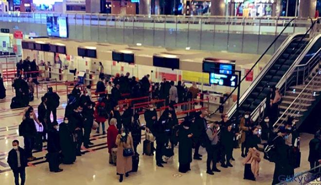 Trabzon Havalimanı'nda uçuşlar durdu(video)