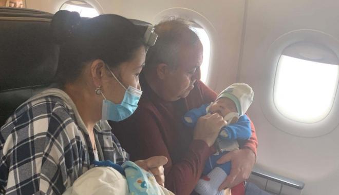 #Türk Hava Yolları uçağında bebek kalp krizi geçirdi#(video)