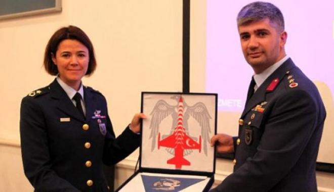 Türk Yıldızlarının Artık Bir Kadın Komutanı Var