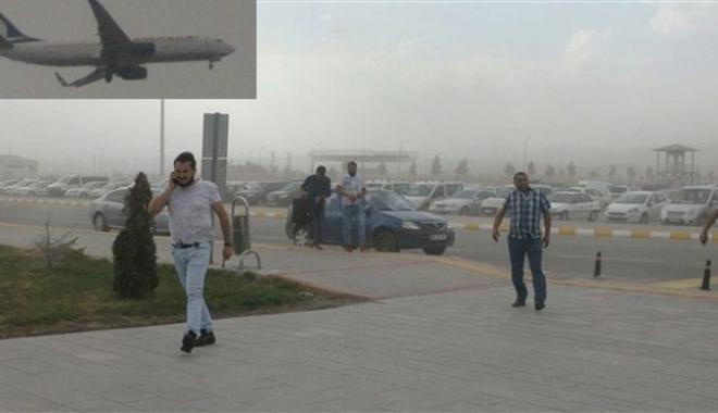 Uçak Toz Fırtınası Nedeniyle Kars´a İnemedi