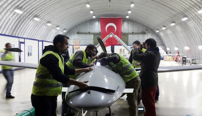 Bakan Andriy Tara: Türk İHA'lara ihtiyacımız var  (video)