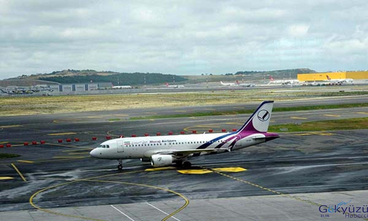 110 İranlı yolcu özel seferle İstanbul Havalimanı'na geldi