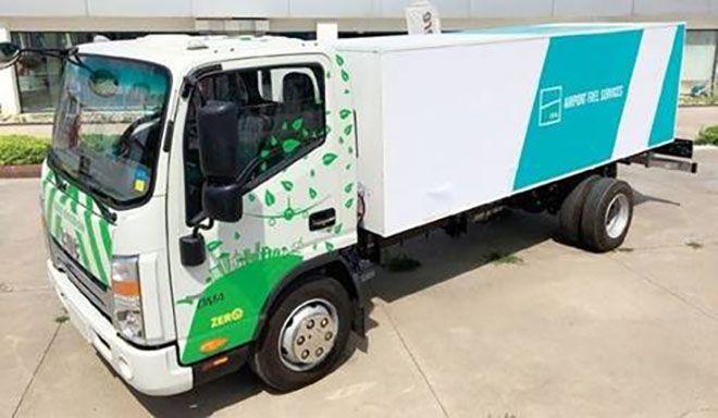 3. Havalimanına'na  Türk malı 13 elektrikli kamyon