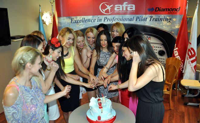 AFA hostes eğitimi için ilan verdi!