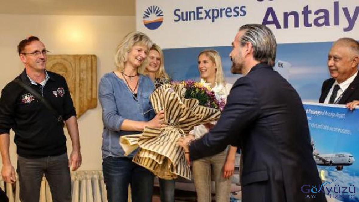 Antalya Havalimanına 18 Milyon Yolcu Bekleniyor !