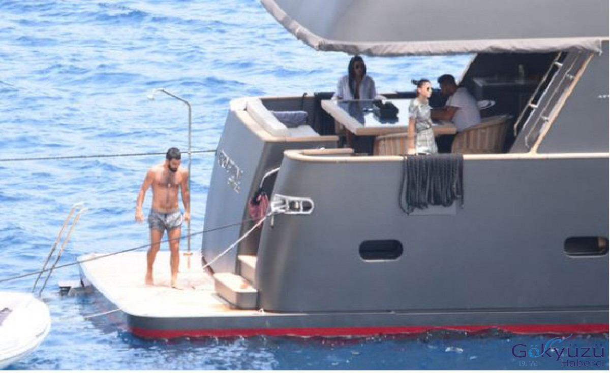 Arda Turan'ın merak edilen o teknesi...