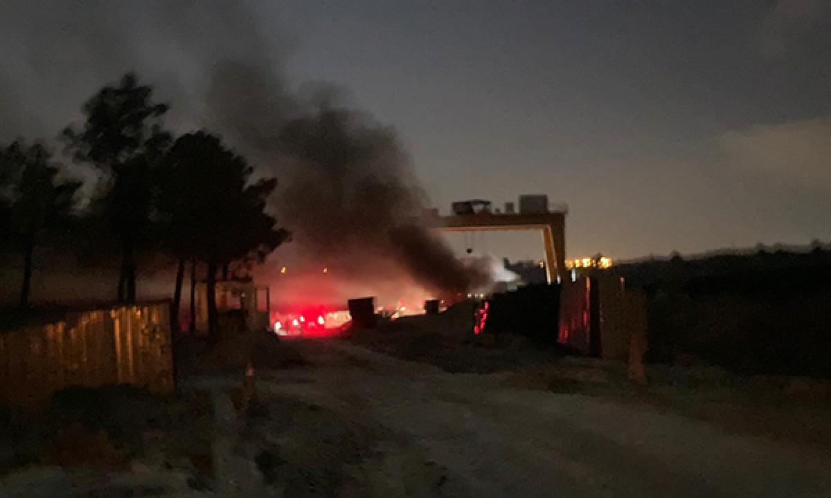 Arnavutköy'de metro inşaatında yangın