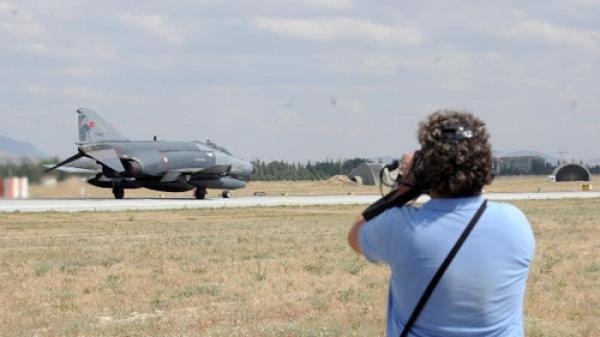 Askeri Tatbikatları Hava Fotoğrafçılarına Açılıyor