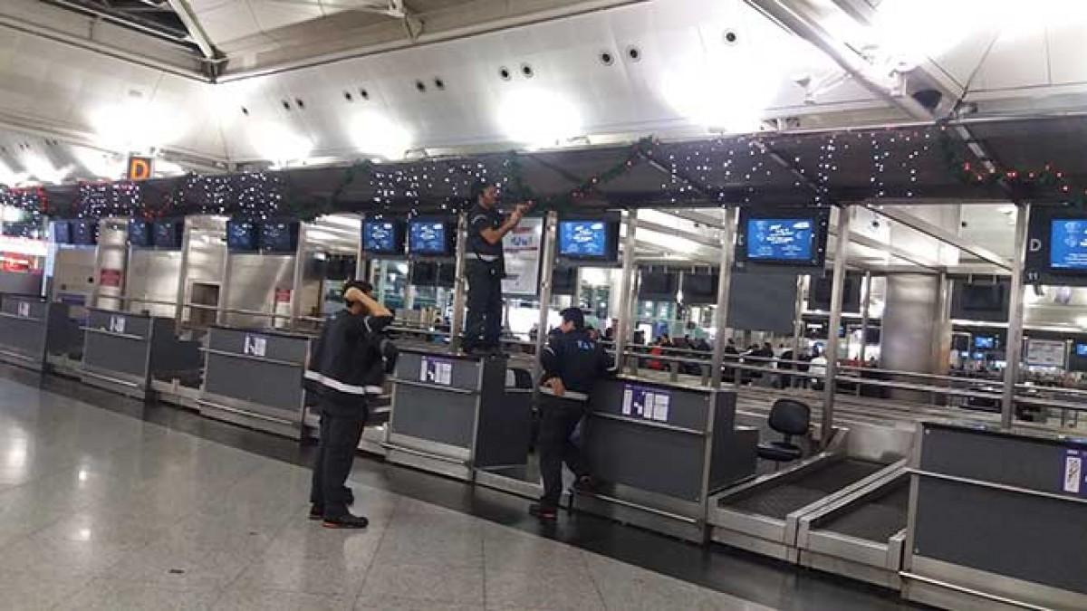 Atatürk Havalimanı yılbaşına hazırlanıyor