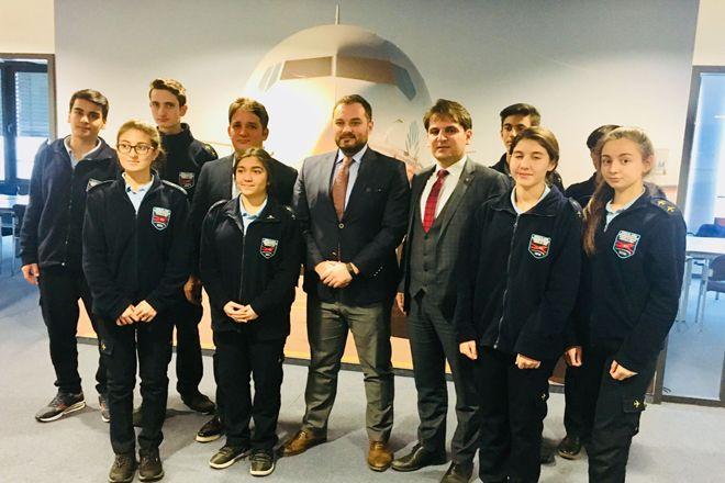 Başarılı Öğrencileri Frankfurt'ta Ağırlıyor