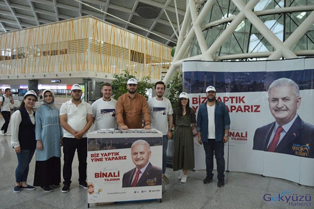 Binali Yıldırım Adnan Menderes Havalimanı'nda tanıtıldı