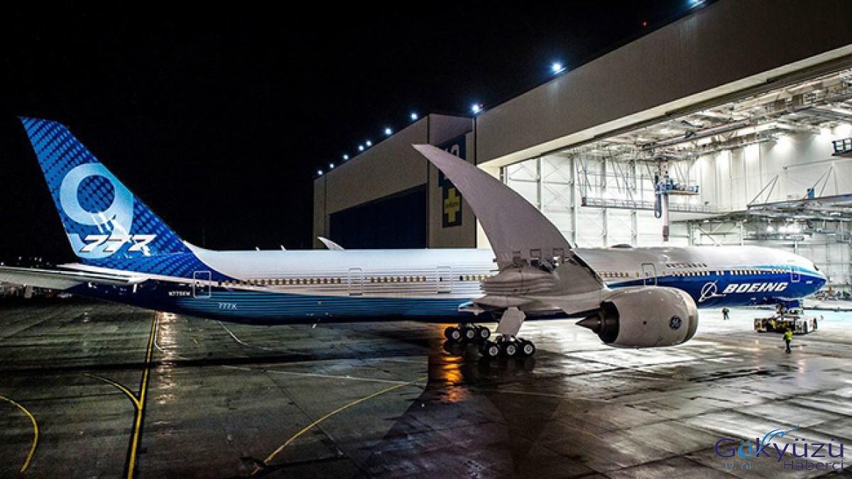 Boeing 777-9'un testler sırasında kapısı patladı
