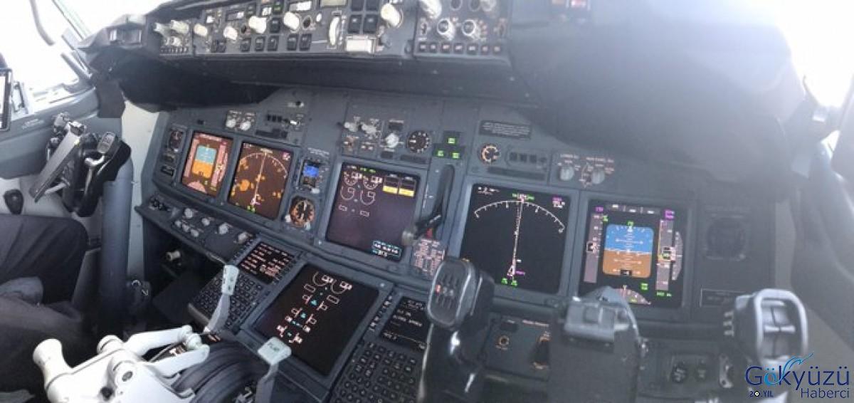 Boeing'de bugün yeni arıza ekran kararması!