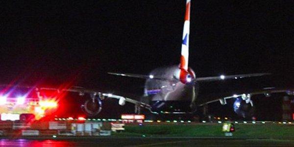 British Airways Uçağı İstanbul'a Acil İniş Yaptı