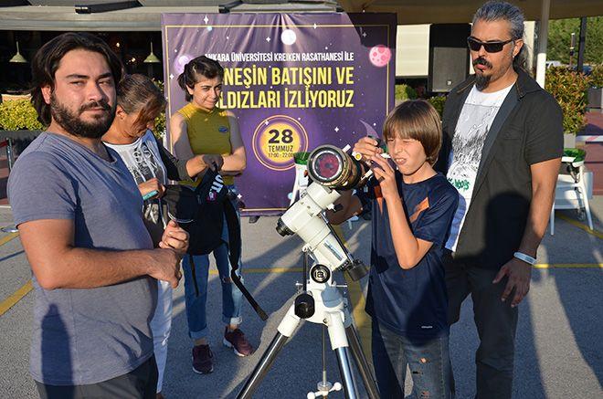 Çocuklar gökyüzüyle Bilkent Center'da tanıştı