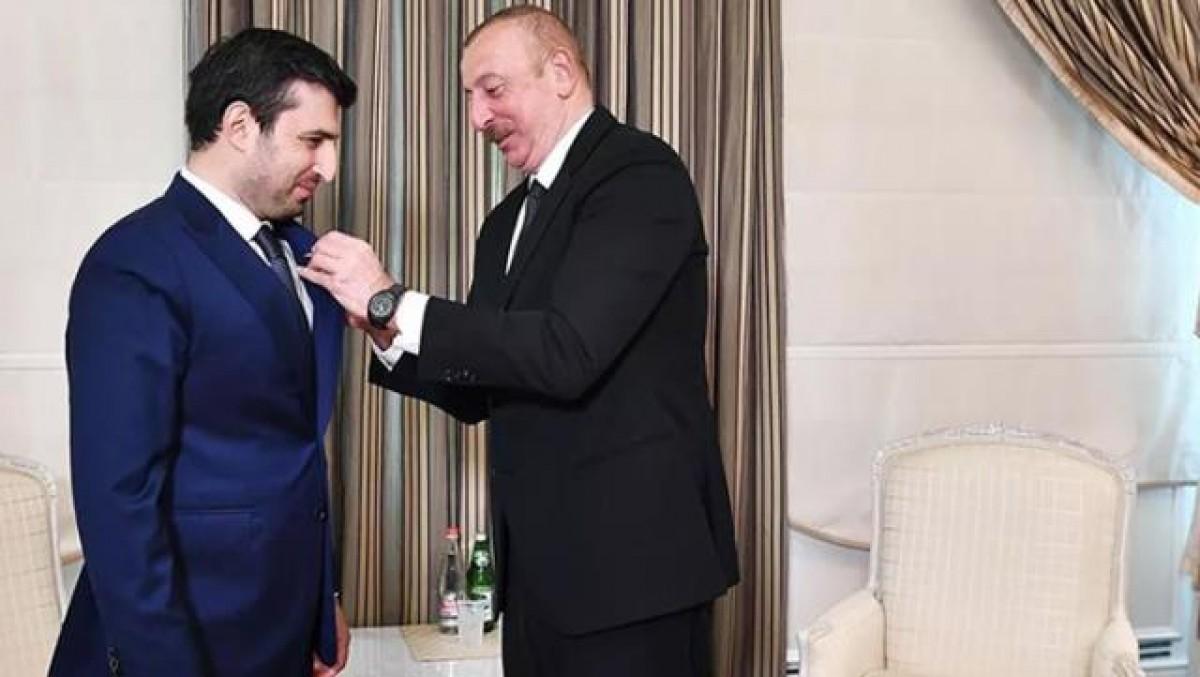 # Cumhurbaşkanı Aliyev'den Selçuk Bayraktar'a madalya