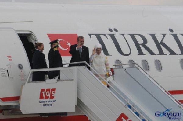 Cumhurbaşkanı Yeni Uçağıyla KKTC'ye Uçtu