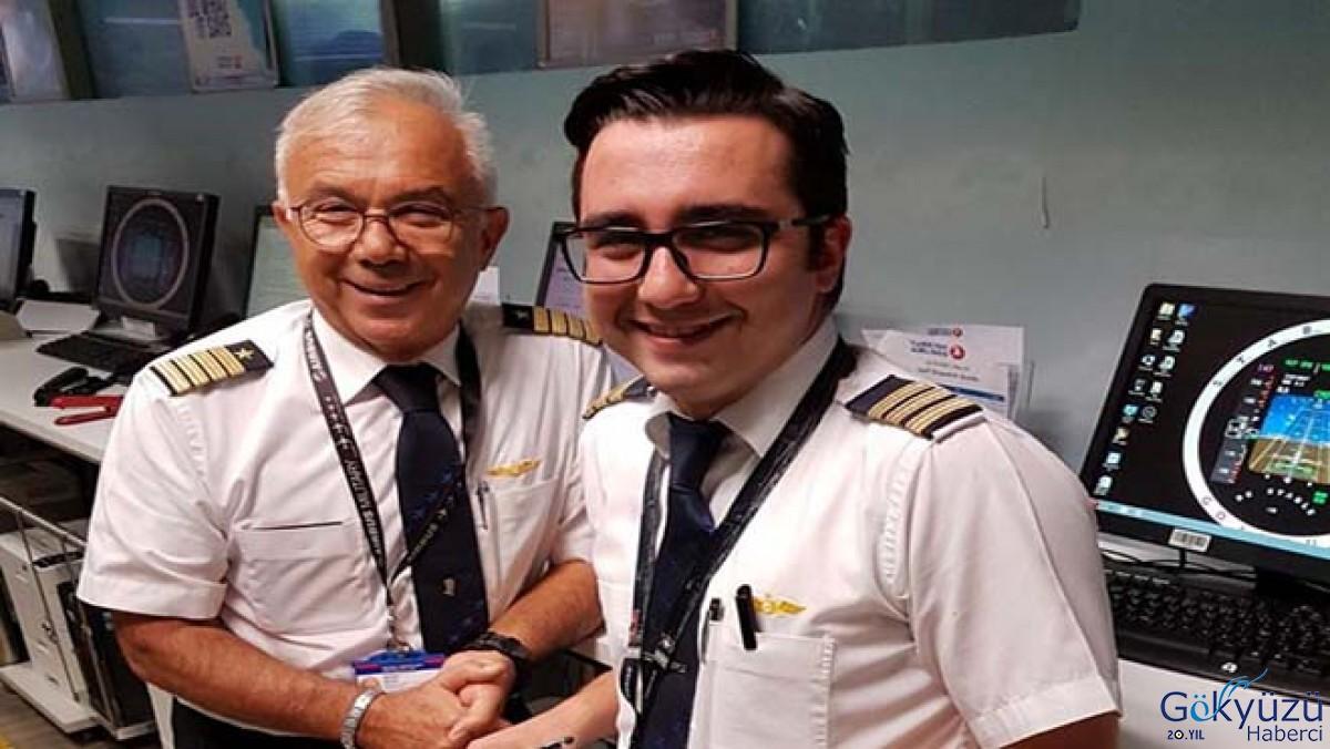 Emekli olduğu gün oğlu kaptan pilot oldu