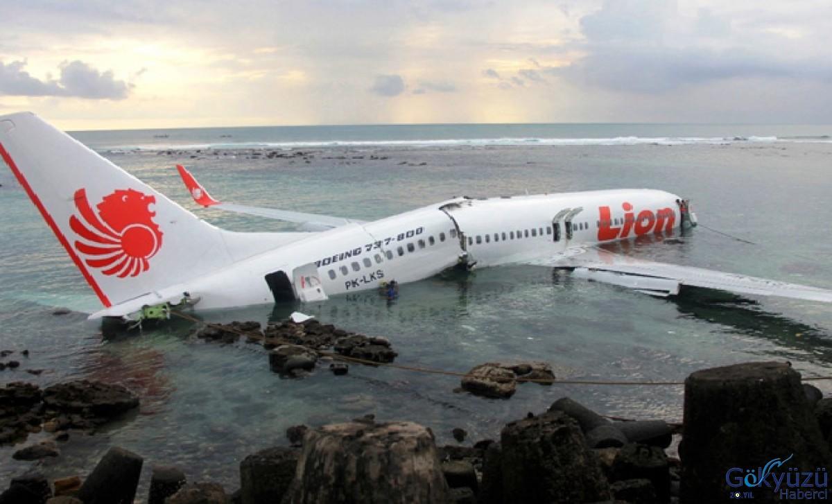 En çok düşen uçak Boeing 737 Max'ın üretimi durdu!