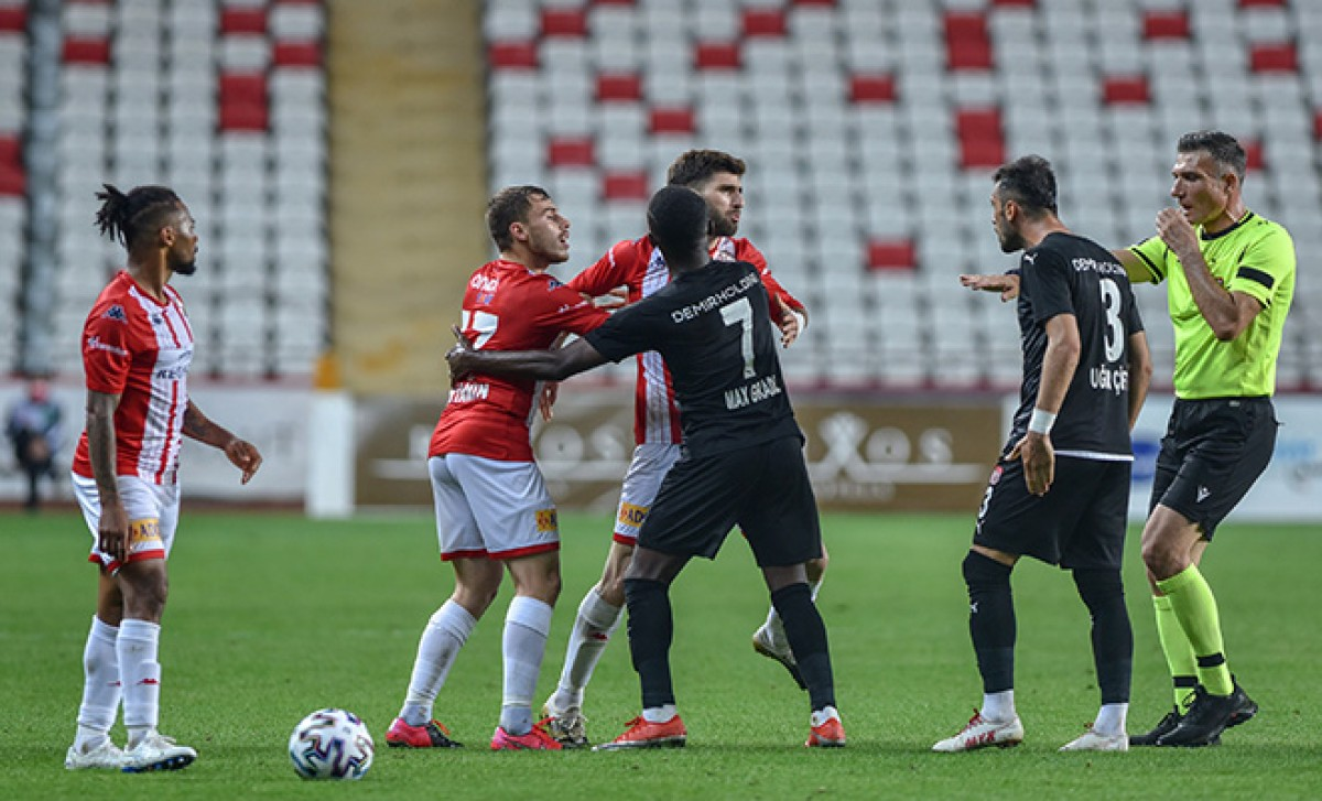 Fraport TAV Antalyaspor - Demir Grup Sivasspor