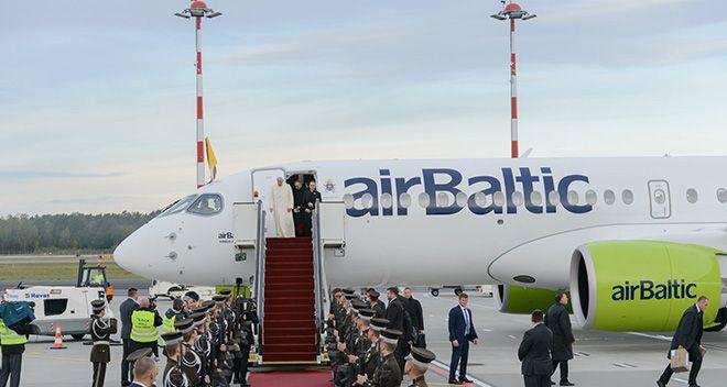 Havaş Papa'nın uçağına hizmet sundu!