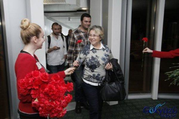 İzmir Yeni İç Hatlar Terminali'nden Uçuşlar Başladı