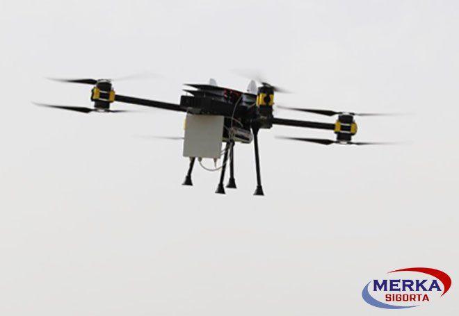 Japon'da drone uçurulmasına yasak geliyor!
