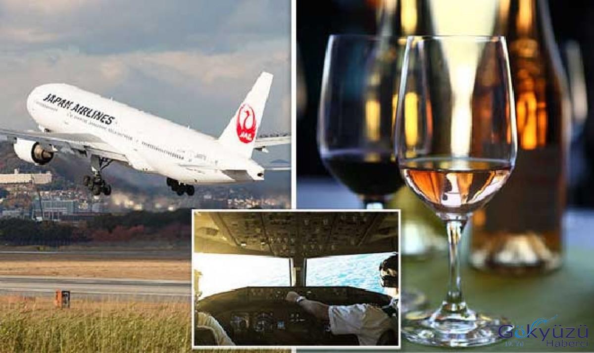 Kaptan Pilot uçakta hostesten şarap istedi!