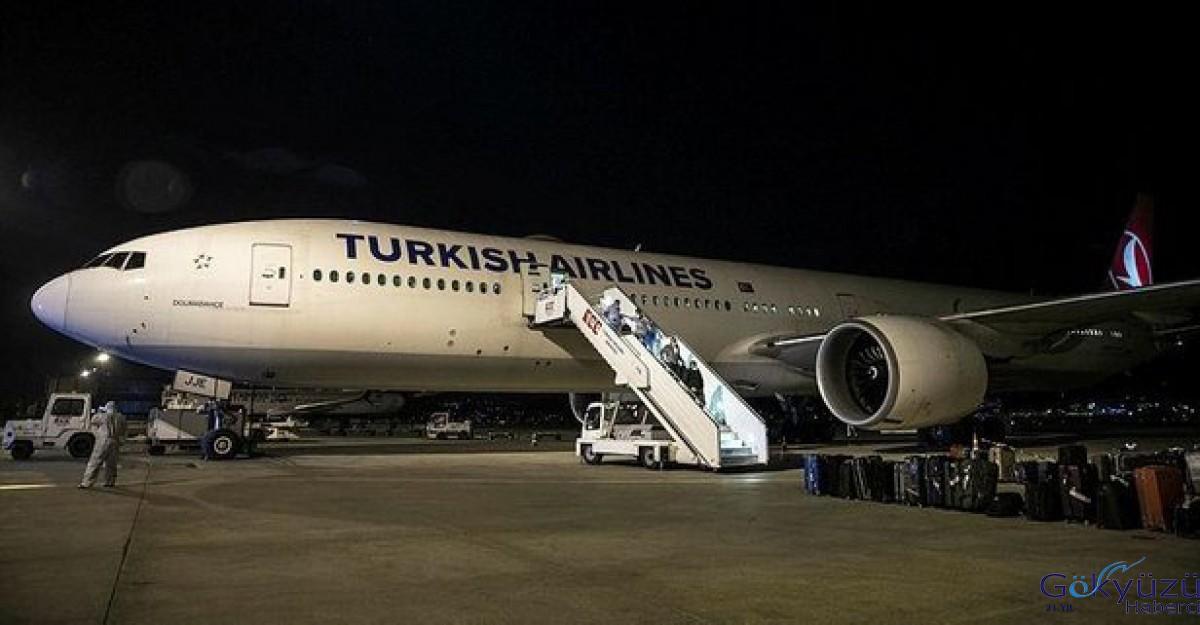 Kuveyt'teki 340 Türk vatandaşı THY uçağıyla Ankara'ya getirildi