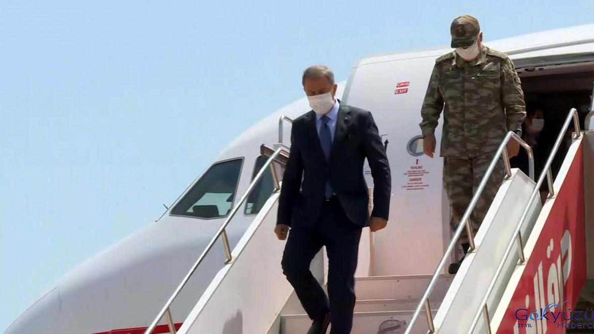Milli Savunma Bakanı Akar, Libya'da