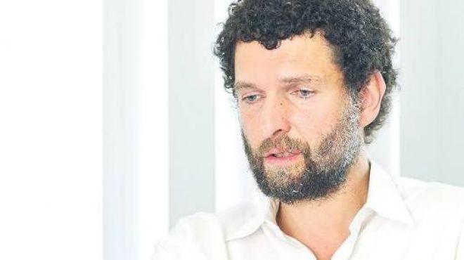 Osman Kavala'ya Havalimanında Şok Gözaltı